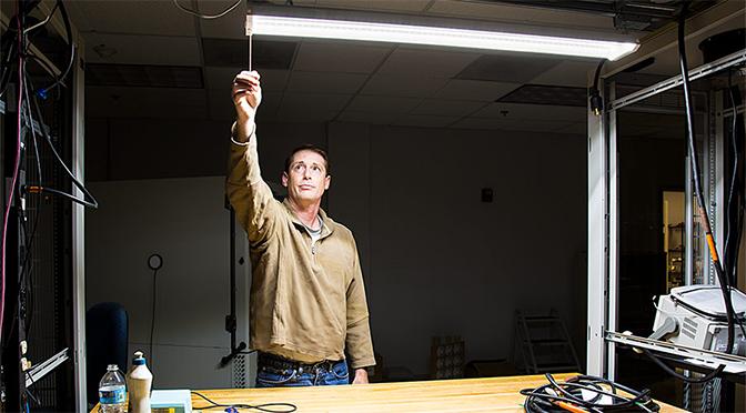 LED shop light featured