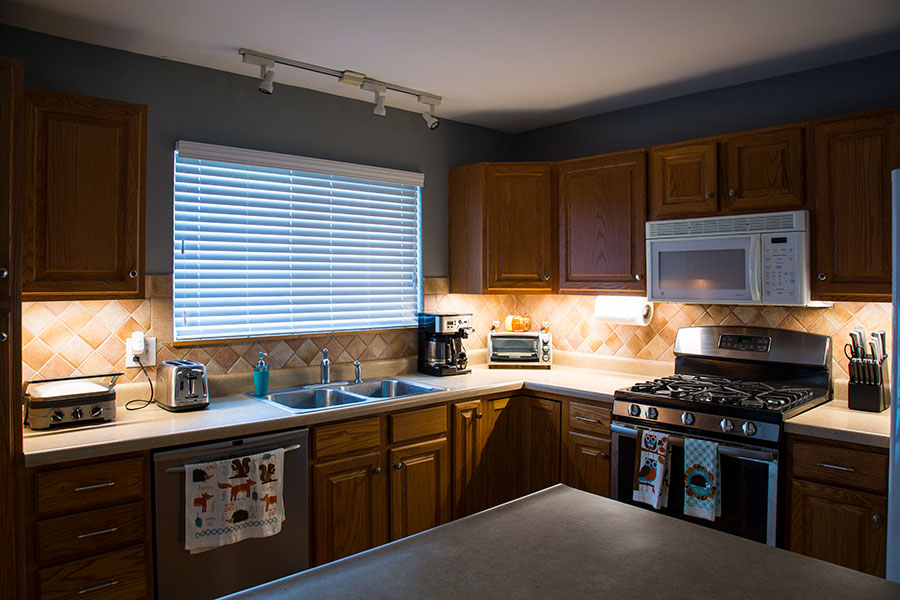 Great Ways For Lighting A Kitchen: Five Ways To Brighten Up Your Thanksgiving With LED Lights
