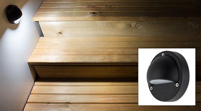 Eyelid LED Deck Lights   On Steps