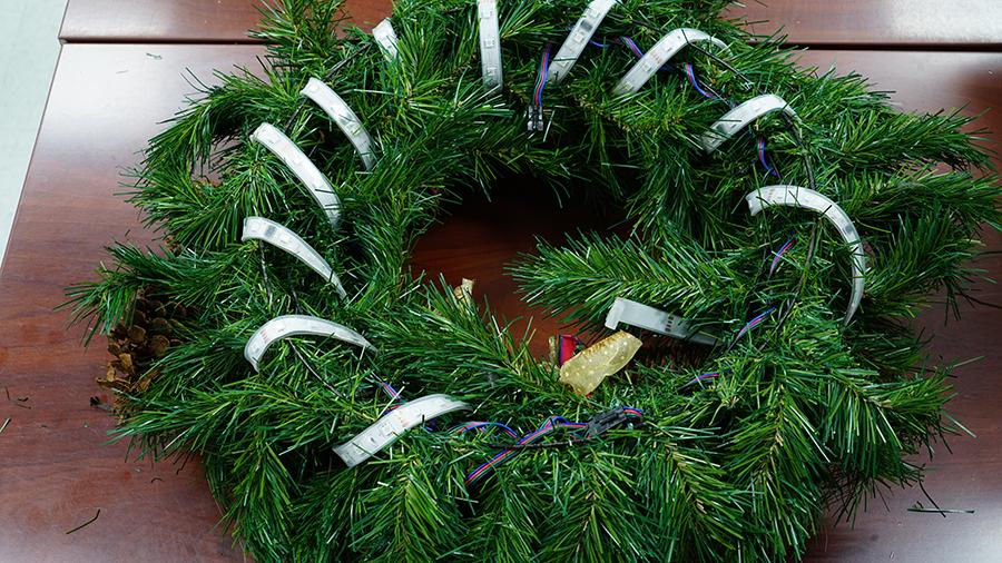 DIY Christmas wreath step 4 whole