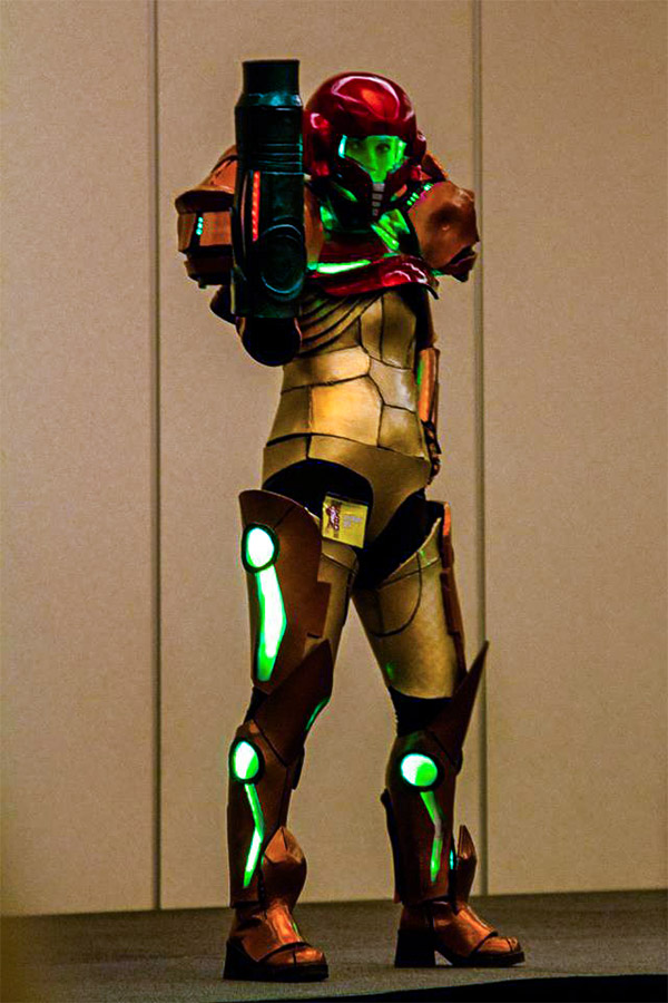 samus-cosplay-suit-costume-led-strip-accents (1) - Super ...