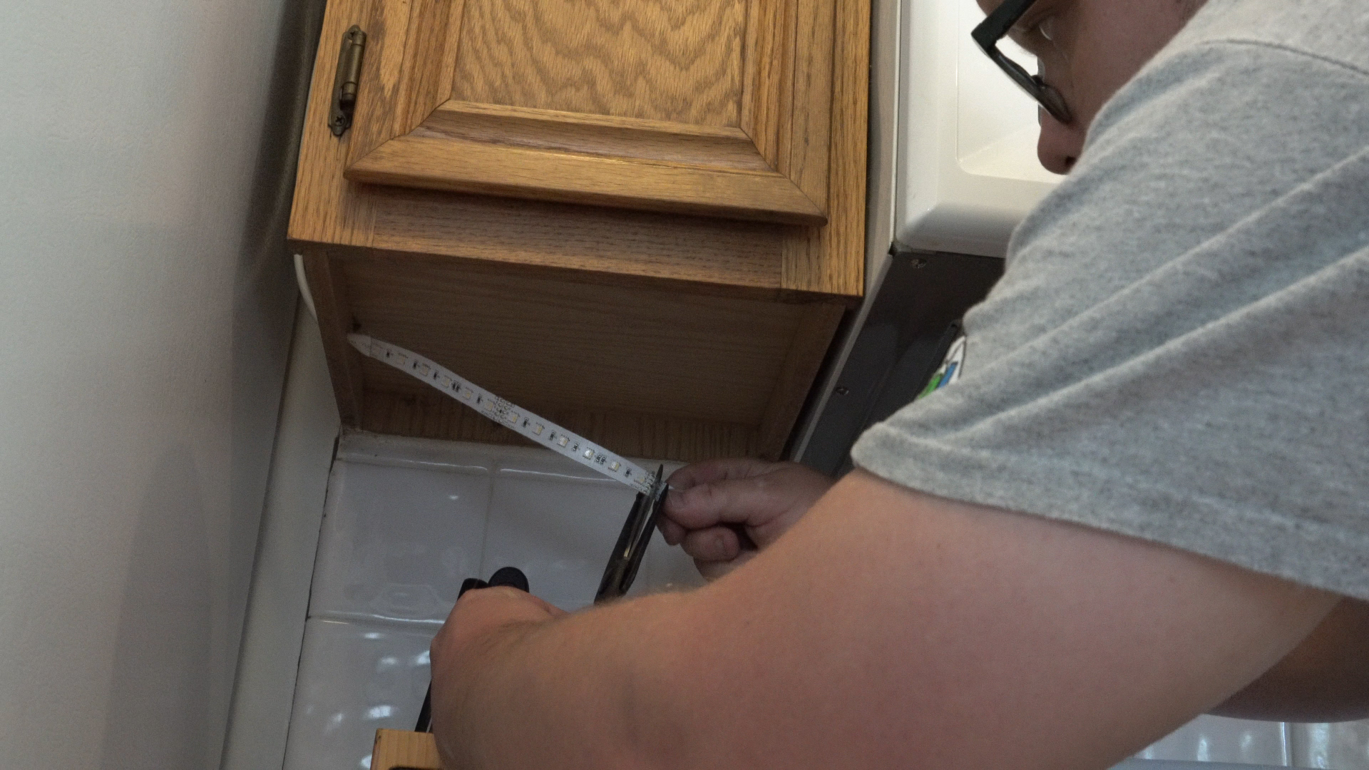 Above-Cabinet and Under-Cabinet LED Lighting: How to Install LED Strip Lights - step 8