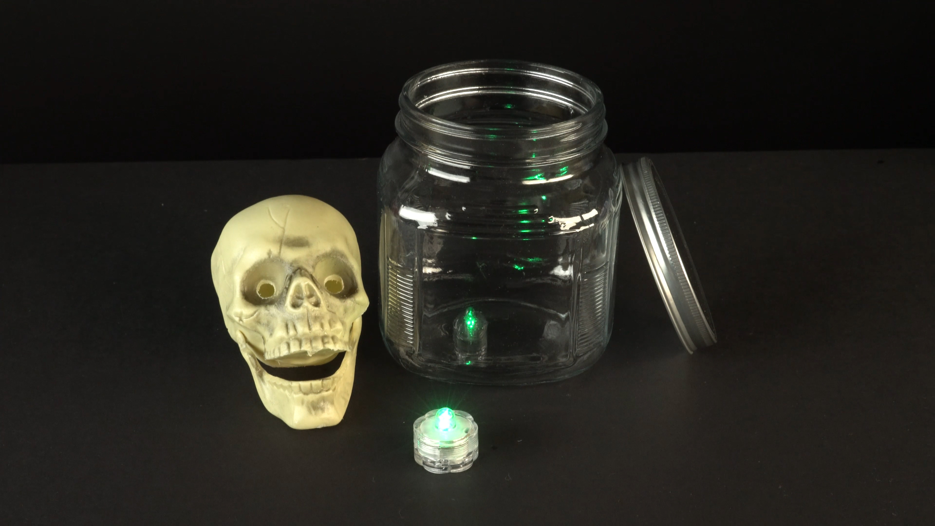 Halloween crafts with color-changing led tea lights - skull materials