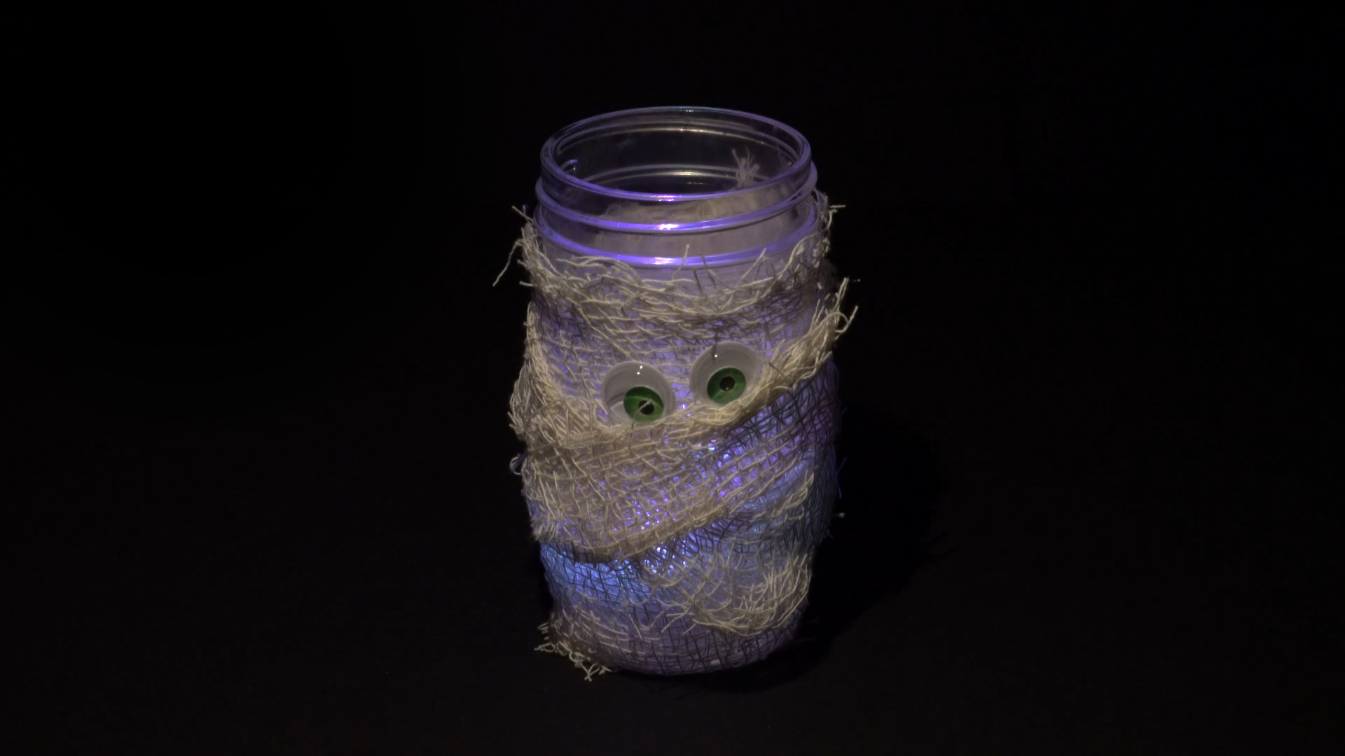 Halloween crafts with color-changing led tea lights - mummy