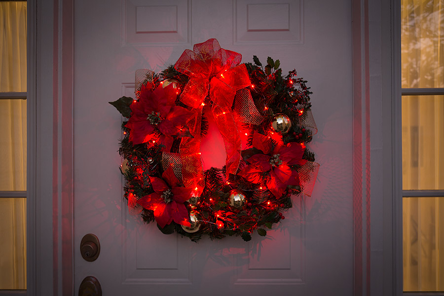 Christmas crafts - LED wreath with fairy lights