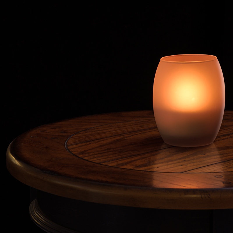 LED restaurant lighting - LED candle light on table