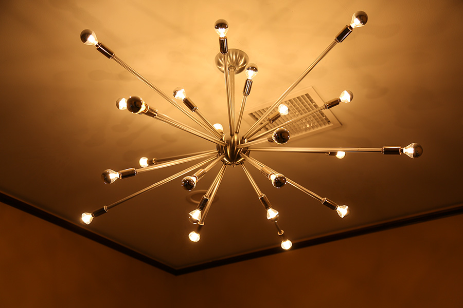 LED restaurant lighting - silver-tipped bulbs