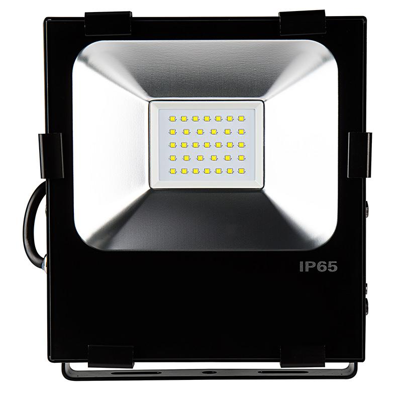 100 Watt High Power LED Flood Light Fixture in Cool White