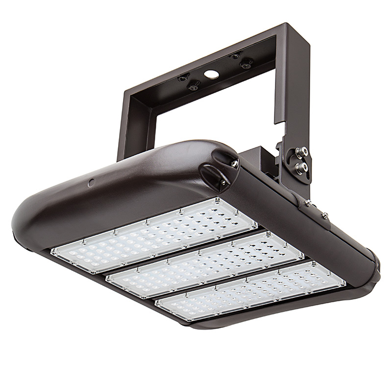 160W (400W Metal-Halide Equivalent