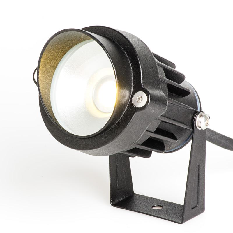 Landscape Lighting Spotlight: 5 Watt Landscape LED Spotlight W/ Mounting Spike