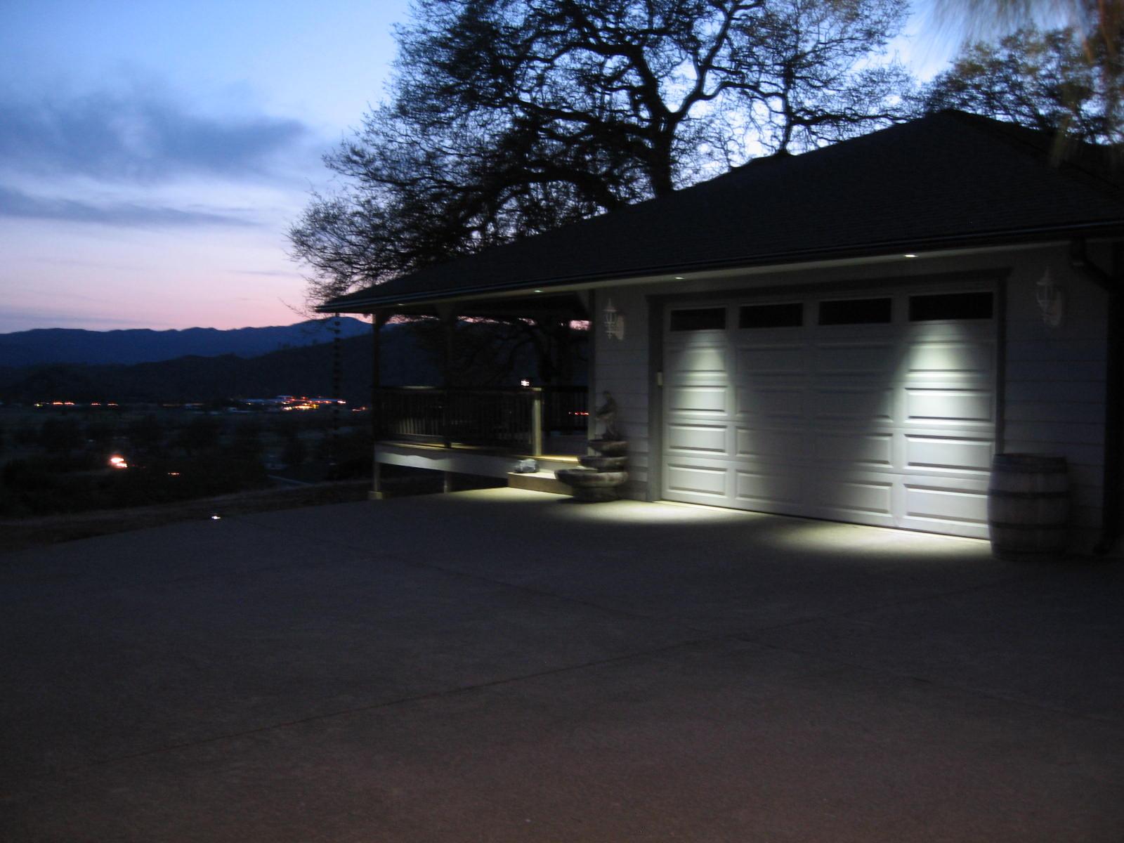 Par16 led bulb 3w landscaping mr jc bi pin r12 and for Driveway landscape lighting