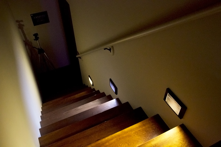 Application Of Lamps On Staircase (Warm, Cool, Warm)