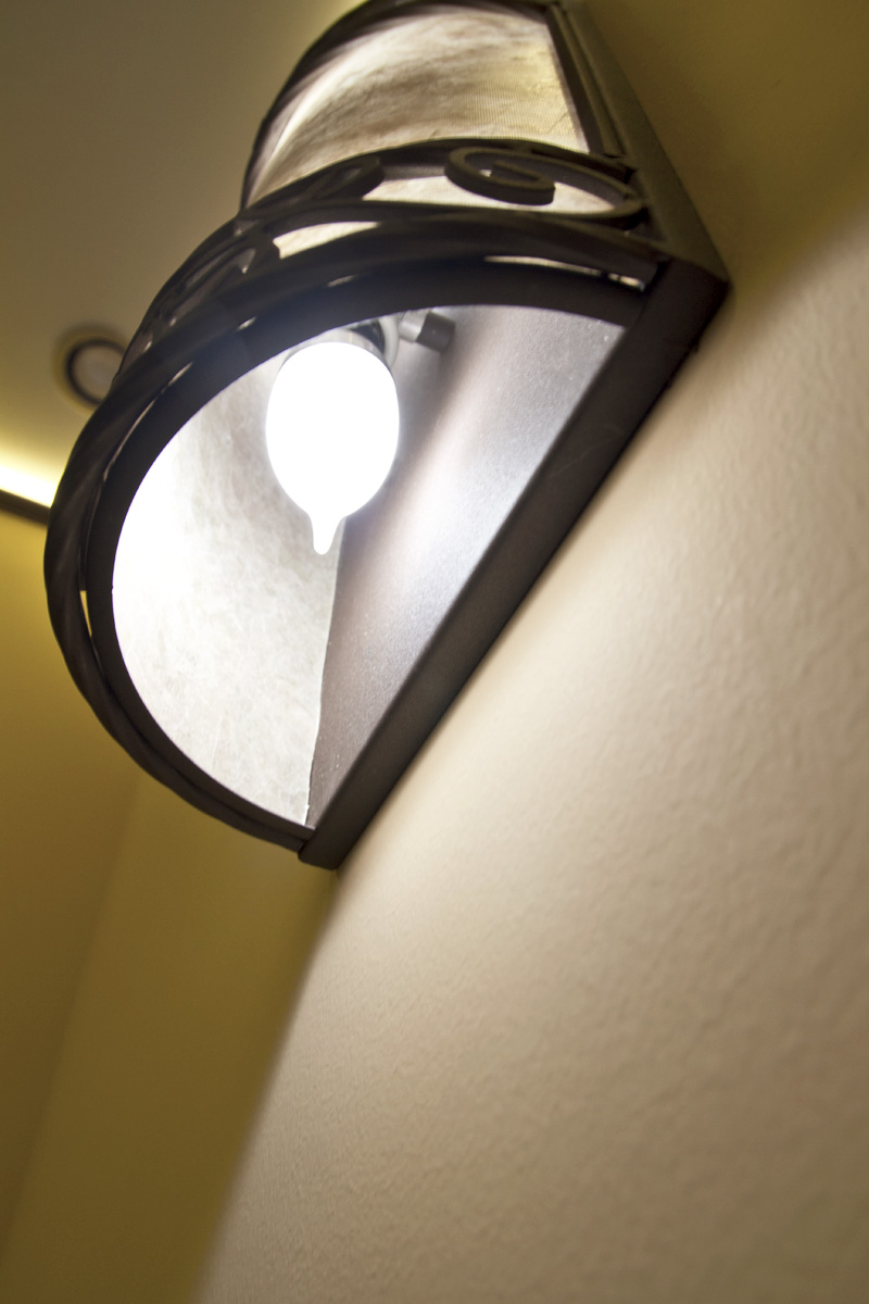 Ca10 led decorative light bulb 20 watt equivalent led chandelier candelabra bulb in fixture arubaitofo Choice Image