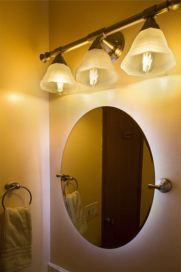 st18 led filament bulb 55 watt equivalent vintage light bulb dimmable 5. Black Bedroom Furniture Sets. Home Design Ideas