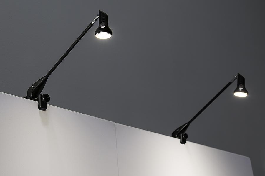 LED Display Lights For MR16 LED Bulbs   Banner Light W/ Shade