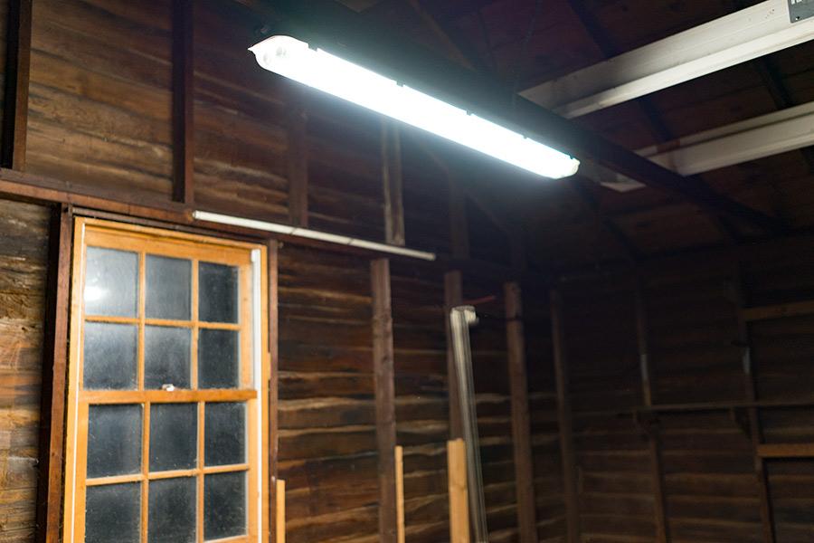 T8 led vapor proof light fixture for 2 led t8 tubes for Tube led garage