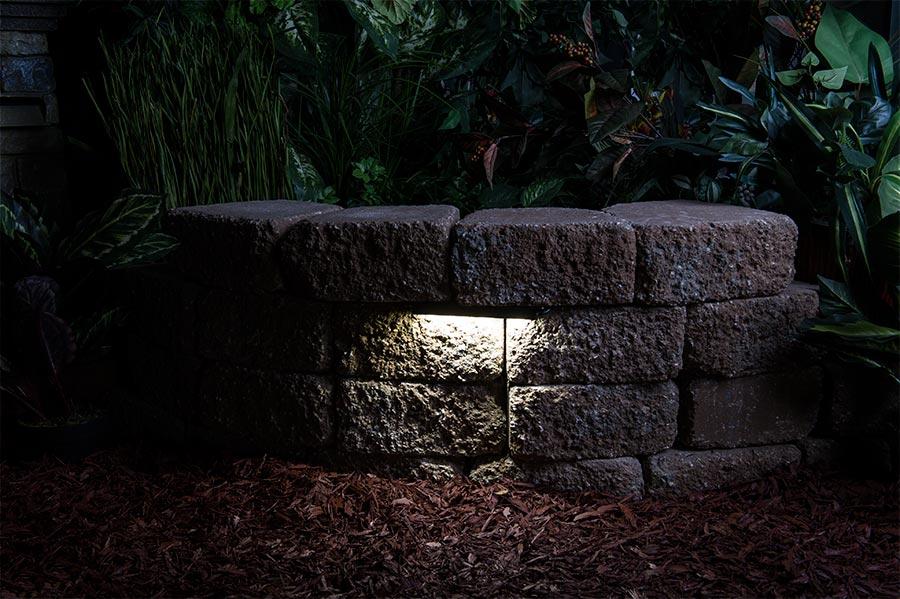 LED Hardscape Light 6 Deck Step and Landscape Retaining Wall