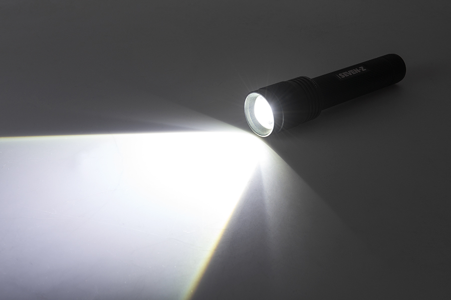 LED Flashlight   NEBO SEVEN Z With Flex Power™ Images