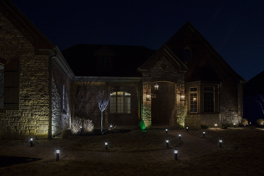 LED Landscape Path Lights - Mini Bollard - 2 Watt Showing Lights Installed Along Path- Natural White & LED Landscape Path Lights - Mini Bollard - 2 Watt - Aluminum ... azcodes.com