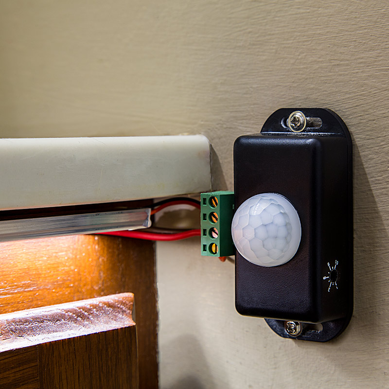Wiring Up A Motion Sensor Light