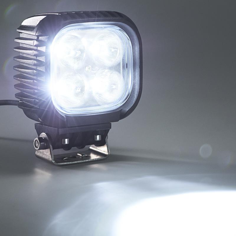 off road led work light led driving light 5 square 32w 4 000 lumens super bright leds. Black Bedroom Furniture Sets. Home Design Ideas