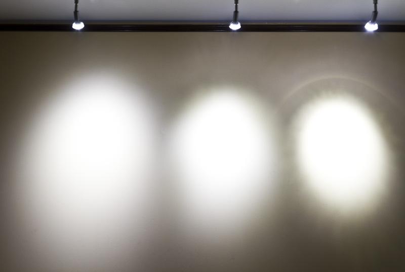 White 6 Watt Led Bulb Led Home Lighting A19 Par20
