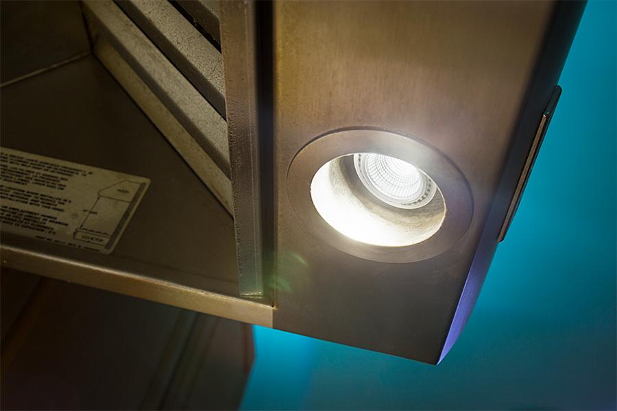 PAR16 LED Bulb   40 Watt Equivalent LED Spotlight Bulb: Installed In Range  Hood Above Stove