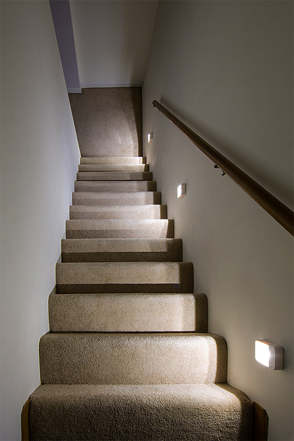 ReadyBright Wireless Power Outage LED Stair Light by Mr ...