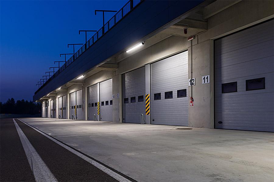 Led Lights Above Garage Door Wageuzi