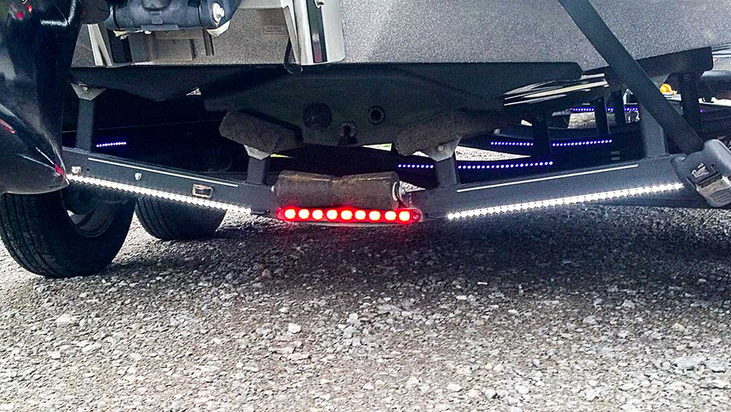 Light bar led truck and trailer light 18 led brake and turn light bar w chrome bezel pigtail connector surface mount 9 leds blb r9 tailbrake light bar installed on boat trailer blb r9 tailbrake light bar installed on boat trailer mozeypictures Choice Image