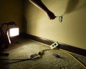 R7S-W8W used in portable worklight as general task lighting in a dark area