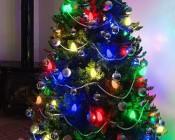 C9 LED Bulbs - Diamond Faceted Replacement Christmas Light Bulbs: Customer Submitted Photo Using LED C9 Bulbs on Christmas Tree. Thanks John C!