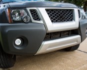 """3-1/2"""" LED Projector Fog Lights Conversion Kit w/ Halo Daytime Running Lights - Chrysler/Jeep/Dodge: Showing Daytime Running Lights Turned On"""