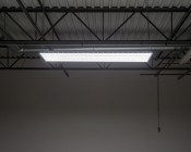 200W LED Linear High Bay Light - 6-Lamp T5HO/9-Lamp T8 Equivalent - 27,600 Lumens - 5000K - Illuminated Profile View