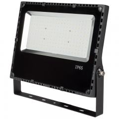 150 Watt LED Flood Light Fixture - 5000K/4000K - 400 Watt MH Equivalent - 18,000 Lumens