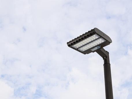 LED Parking Lot Light - 150W (400W MH Equivalent) LED Shoebox Area Light - 3000K/4000K/5000K - 19,500 Lumens - PLLD-x150-KM