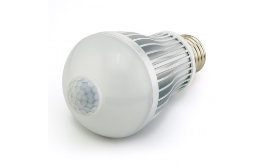 6 Watt LED A19 Globe Bulb with Motion Sensor - E27-xW6W-PIR