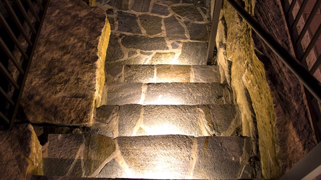 LED Hardscape Lighting - Deck/Step and Retaining Wall Lights w/ Mounting Plates - 93 Lumens - HSL2-x