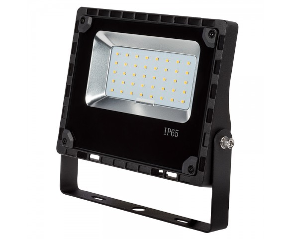 30 Watt LED Flood Light Fixture - 4000K - 100 Watt MH Equivalent - 3,600 Lumens