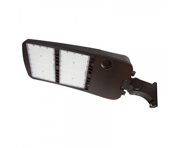 480W LED Parking Lot/Shoebox Area Light - 67,000 Lumens - 2000W MH Equivalent - 5000K - Pole Knuckle Mount