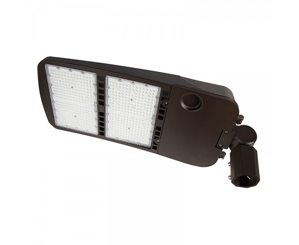 480W LED Parking Lot/Shoebox Area Light - 277-480 VAC - 67,000 Lumens - 2000W MH Equivalent - 5000K - Knuckle Slipfitter Mount