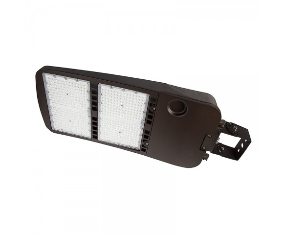 480W LED Parking Lot/Shoebox Area Light - 277-480 VAC - 67,000 Lumens - 2000W MH Equivalent - 5000K - Trunnion Wall/Surface Mount